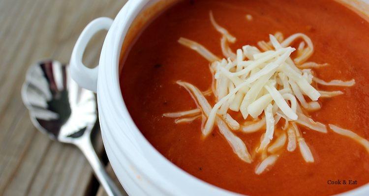 Суп-пюре из печеных помидоров с базиликом. Самый простой рецепт!