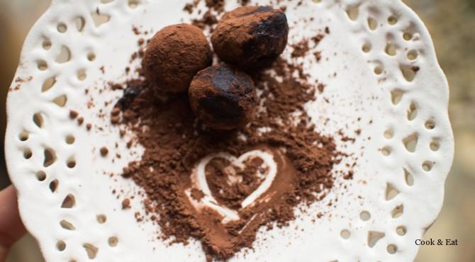 Вкусные и полезные шоколадные трюфели.